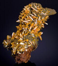 Wulfenite & Mimetite - San Juan Poniente Shaft, Ojuela Mine, Mapimí, Mun. de Mapimí, Durango, Mexico  mw