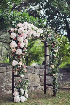 21 beautiful wedding arch ideas with flowers 14