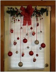 Related posts: Awesome Rustic Christmas Decorating Ideas on a Budget 11 30 Beautiful Christmas Decorating Ideas on A Budget 70 Beautiful White Christmas Decor Ideas On A Budget 20 Christmas Home Decor Ideas for Your Beautiful Home 4 Classic Christmas Decorations, Christmas Holidays, Christmas Wreaths, Christmas Dishes, Christmas Projects, Christmas Budget, Christmas Ornaments, Christmas Events, Christmas 2019