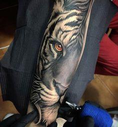 Tiger tattoo by David Garcia