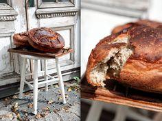 Verdens bedste og nemmeste hjemmebagte brød   Sif Orellana Cook N, Home Bakery, Scones, Banana Bread, Muffin, Desserts, Recipes, Drink, Bakken