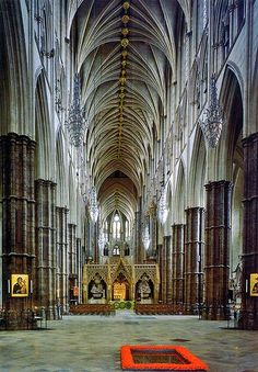 Westminster Abbey, London / The Nave, with the grave of the Unknown Warrior in the foreground.