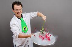 """😜Ура! Отличные новости! 2 октября в уютном Кафе Сценарио у нас состоится премьера нового шоу: """"Шоу с жидким азотом"""" + """"Крио-мороженое"""". Ждем! Ждем! Ждем! 😜 В программе шоу более 10 экспериментов с жидким азотом, а также приготовление вкуснейшего мороженого для всех участников!🍡  Вот только некоторые из них:  - заморозка воздушного шарика — получаем жидкий воздух; 🎈 - забиваем гвоздь бананом; 🍌 - хрупкая резинка; 🍥 - летающие мыльные пузыри; - супер — дымовуха; ☁️ - хрупкая роза.🌹  А…"""