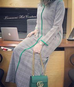 Prints are Winter Trend 💚 New Collection . Sari Blouse Designs, Dress Neck Designs, Kurta Designs, African Fashion Dresses, African Dress, Fashion Outfits, Mode Abaya, Mode Hijab, Morrocan Fashion