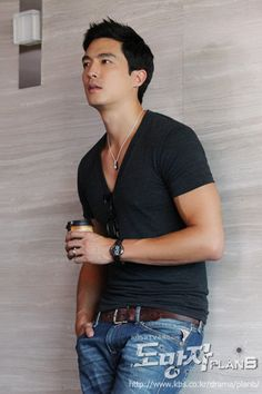 Soooo handsome!  Reminds me of my honey.  Daniel Henney, American-South Korean actor/model, b. 1979