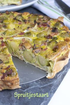 Spruitjestaart txt Oven Recipes, Healthy Recipes, Recipes Dinner, Healty Lunches, My Favorite Food, Favorite Recipes, Good Food, Yummy Food, Oven Dishes