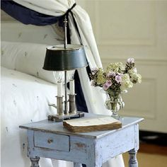 Distressed blue table......really like that the drawer is not the full width of the table...gives interest.