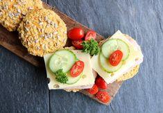 Proteinrike havrerundstykker med gulrot - LINDASTUHAUG Cottage Cheese, Avocado Toast, Eat, Breakfast, Blogging, Morning Coffee, Morning Breakfast
