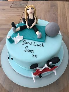 Fitness cake Fitness Cake, Bithday Cake, Novelty Birthday Cakes, Clay Dolls, Custom Cakes, Pilates, Cake Toppers, Biscuits, Flowers