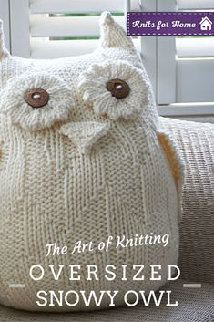 This beautiful owl has been such a hit with our readers, why not try … – Knitting patterns, knitting designs, knitting for beginners. Owl Knitting Pattern, Crochet Pillow Pattern, Loom Knitting, Knitting Patterns Free, Free Knitting, Crochet Patterns, Knitted Owl, Knitted Cushions, Knitted Animals
