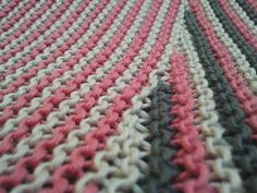 Ravelry: campi's Rose Color Affection Shawl