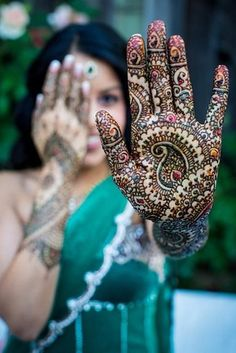 86 Stunning MehndiTattoos These henna tattoos are only temporary, but you'll wish they weren't.