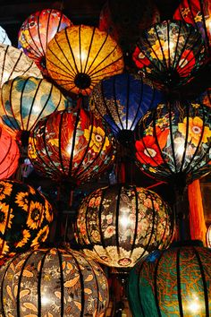 Hoi An Vietnam - Life Abundant Blog, Hoi An lanterns, Best places to visit in Hoi An Vietnam, Hoi An Photography, Hoi An Vietnam Travel Tips, Vietnamese lanterns, lanterns at night Paper Lanterns, Vietnam Tours, Vietnam Travel, Chinese Lanterns, Chinese Lights, Cool Places To Visit, Asian Art, Nouvel An Chinois, Hoi An