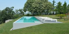 Backyard Pool Designs, Small Backyard Pools, Swimming Pool Designs, Outdoor Pool, Garden Swimming Pool, Swiming Pool, Luxury Swimming Pools, Hillside Pool, Farm Landscaping