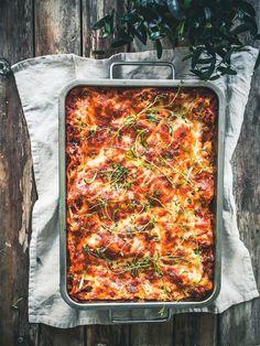 Koskenlaskija-härkislasagne – Viimeistä murua myöten Easy Cooking, Healthy Cooking, Cooking Recipes, I Love Food, Good Food, Yummy Food, Vegetable Recipes, Vegetarian Recipes, Healthy Recipes