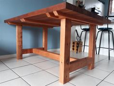 Making A Solid Hardwood Farm Style Table – Free Plans | Woodwork Junkie