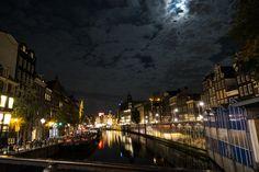 Amsterdam at night! Finnish Language, Amsterdam, New York Skyline, Asia, Europe, Adventure, Night, Photography, Travel