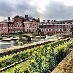 As one of central London's royal residences, Kensington Palace has been a home and refuge to the royal family since the 17th century including the late beloved Princess Diana. Now, it is the official residence to the Duke and Duchess of Cambridge – otherwise known as our familiar Kate and Wills. Now it is one of London's most exquisite palaces and comes with acres of manicured gardens and the world famous Orangery.