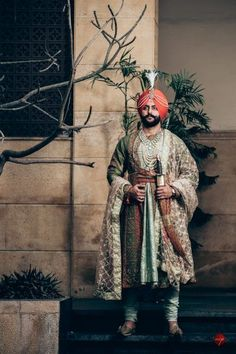 A Royal Amritsar Wedding With The Bride In A Uniquely Stunning Lehenga Wedding Outfits For Groom, Wedding Dress Men, Indian Bridal Outfits, Sikh Wedding, Wedding Men, Wedding Suits, Punjabi Wedding, Punjabi Bride, Groom Wear
