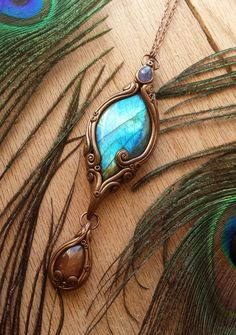 Labradorite is considered by mystics to be a stone of transformation and magic. It is said to clear, balance and protect the aura. It is