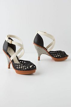 Ikia Platforms #anthropologie #anthrofave my most favorite shoes ever!!