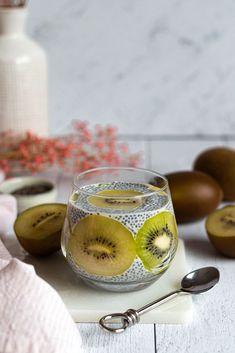 Kiwi, Sweet Recipes, Healthy Recipes, Chia Pudding, Chia Seeds, Nom Nom, Alcoholic Drinks, Good Food, Brunch
