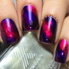 Preen Me nail genius Nadia's #InfintiteOmbre creation is definitely out of this world. She used the amazing collection of lacquers she received from from Formula X for being a Preen.Me VIP.