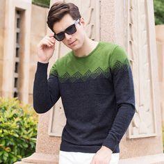 Winter T Shirts, Winter Sweaters, Mens Fashion Sweaters, Sweater Fashion, Cashmere Sweater Men, Men Sweater, Fashion Prints, Style Fashion, Polo T Shirts