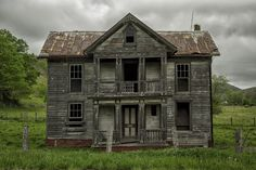 Abandoned farm house in West Virginia by Mark Serfass on 500px