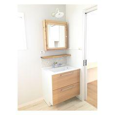 画像に含まれている可能性があるもの:室内 in 2020 Natural Interior, Apartment Goals, Vanity, Bathroom, Home, Design, Instagram, Dressing Tables, Washroom