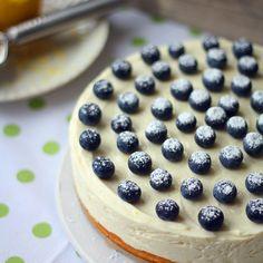 Sitruunajuustokakku valkosuklaapohjalla | Maku Cheesecake, Baking, Desserts, Food, Tailgate Desserts, Deserts, Cheesecakes, Bakken, Essen