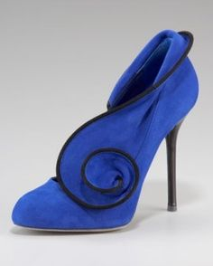 Suede Swirl Pump by Sergio Rossi #Pump #Shoes #Sergio_Rossi