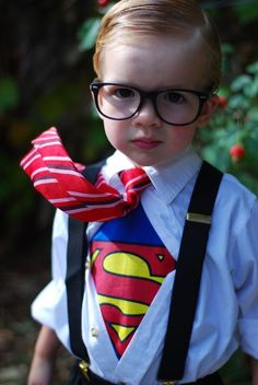 Halloween costumes for kids a Superman costume with a tie and glasses Top 5 Halloween Costumes, Superman Halloween Costume, Best Kids Costumes, Nerd Costumes, Book Costumes, World Book Day Costumes, Book Week Costume, Super Hero Costumes, Halloween Kids