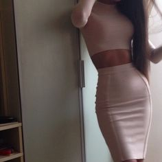 Картинки через We Heart It https://weheartit.com/entry/166734619 #abs #amazing #Best #body #brunette #classy #fashion #fit #fitness #girl #girly #glam #Hot #ITGIRLS #lifestyle #love #luxe #luxury #model #outfit #party #sexy #skirt #style #tan #top #instagram