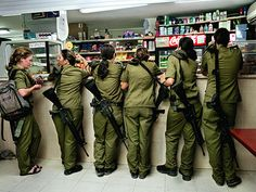 Girls, soldiers, women: 18-year-old inductees in the Israeli army - lens culture photography weblog