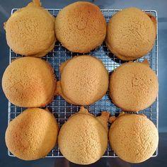 Roti Boy Ksb B Roti Bread, Bread Cake, Bakery Recipes, Dessert Recipes, Marmer Cake, Pizza Pastry, Apple Tart Recipe, Food Business Ideas, Cream Puff Recipe