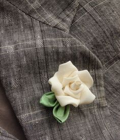 Mens Lapel Pin Flower Lapel Pin Ivory Rose Lapel Kanzashi Pin Custom Lapel Pins Men Silk Boutonniere Wedding Lapel Flower White Rose Lapel by exquisitelapel on Etsy https://www.etsy.com/listing/244368533/mens-lapel-pin-flower-lapel-pin-ivory