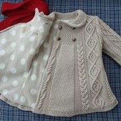 japanese knitting girl coat jacket cables - Turkish site but no pattern. link no longer works :( Baby Knitting Patterns, Knitting For Kids, Crochet For Kids, Baby Patterns, Knit Crochet, Crochet Blouse, Clothes Patterns, Free Crochet, Girls Coats & Jackets