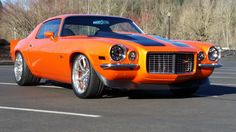 This orange Pro Touring 1971 Chevrolet Camaro RS Super Restomod is the best example of how should look one restored classic American muscle car. Chevrolet Camaro, 1970 Camaro, Chevy Camaro, Chevy Muscle Cars, Classic Chevrolet, Us Cars, Race Cars, American Muscle Cars, Custom Cars