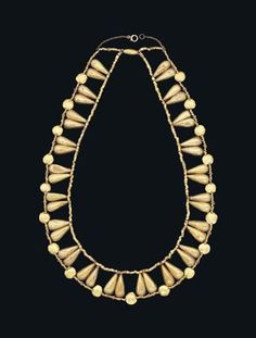 Egyptian Gold Necklace, New Kingdom, 18th Dynasty, 1550-1069 BC #goldnecklace