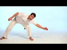How to Do the Au | Capoeira - YouTube