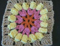 Crochet Geek - Beginner Crochet instructions, free video tutorials, patterns and written instructions. Learn to crochet.