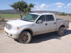 2008 Lobo field truck, Mexico