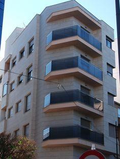 #Edificios #Contemporáneo #Balcon #Exterior #Ventanas #Fachada