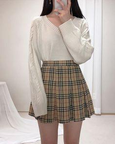 The Best Examples for Korean Street Fashion Korean Girl Fashion, Korean Fashion Trends, Ulzzang Fashion, Korean Street Fashion, Kpop Fashion Outfits, Korean Outfits, Cute Fashion, Girl Outfits, Style Fashion