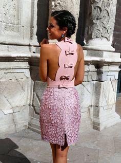Silvia Navarro de 1sillaparamibolso blog con pendientes Dama en plata rosa y zafiro azul sobre base de nácar