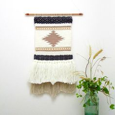Retrouvez cet article dans ma boutique Etsy https://www.etsy.com/fr/listing/547367045/woven-wall-hanging-wall-tapestry-wall