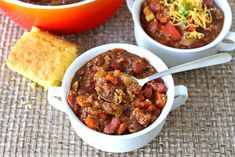 15 Light and Healthy Chili Recipes | Skinnytaste