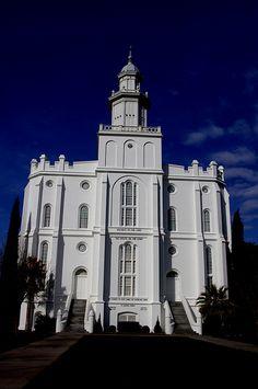 St George Utah Temple - http://www.everythingmormon.com/st-george-utah-temple-2/  #mormonproducts #LDS #mormonlife
