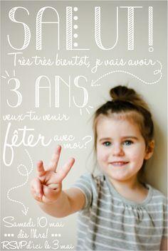 Invitation d'Anniversaire trop chou ... Faites cela tous les ans. Quels souvenirs vous laisserez à vos enfants. Les années passent tellement vites ...